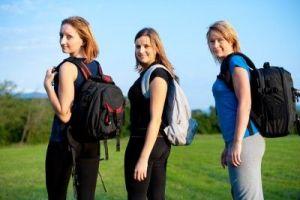 mochila auxiliar - Cómo hacer la mochila de viaje - mochila de mochilero para viajar varios meses