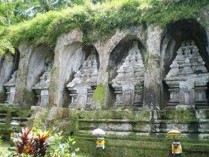 Tumbas en Gunung Kawi Ubud, Bali, Indonesia, Sinmapa.net