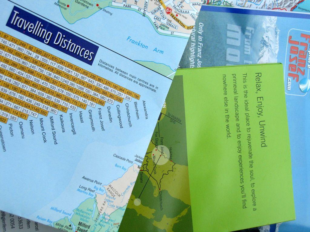 mapas y documentos de viaje hábitos de una buena viajera