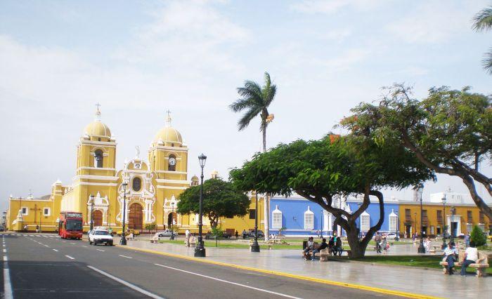Plaza de Armas en Trujillo Peru