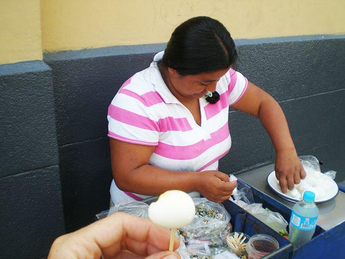 Puesto callejero en Trujillo