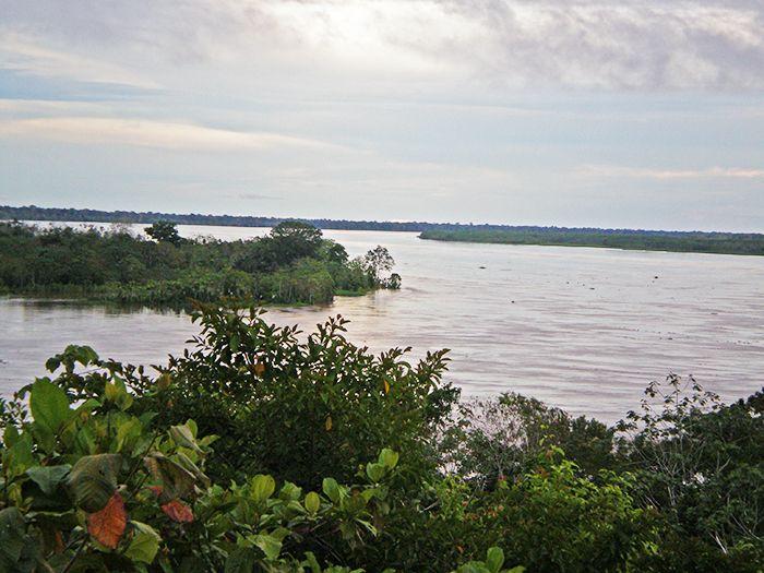 Vistas al río Marañón y a la Reserva Pacaya Samiria