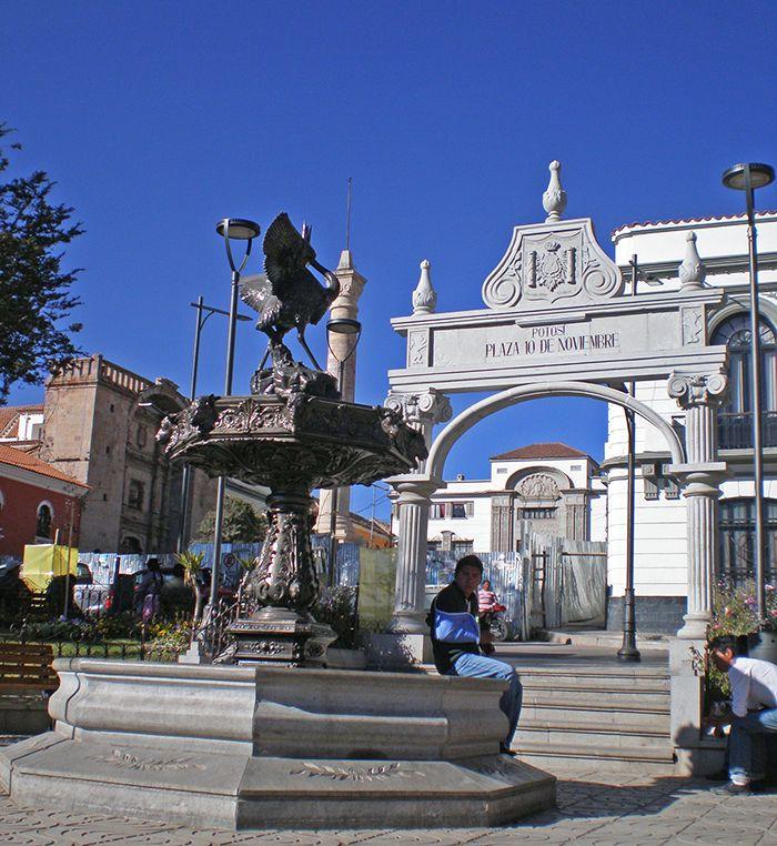 Plaza 10 de Noviembre - qué ver en Potosí Bolivia