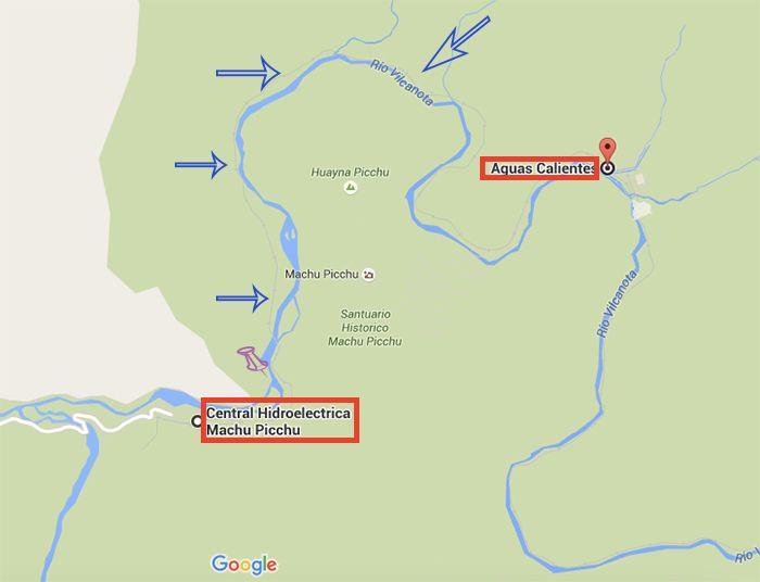 Las vías del tren siguen el recorrido del río, y en tu camino bordearás las montañas entre las cuales está la ciudadela Inca