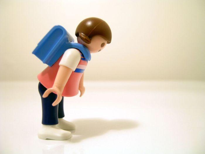 Mujer-viajera-mochilera-women_playmobil2
