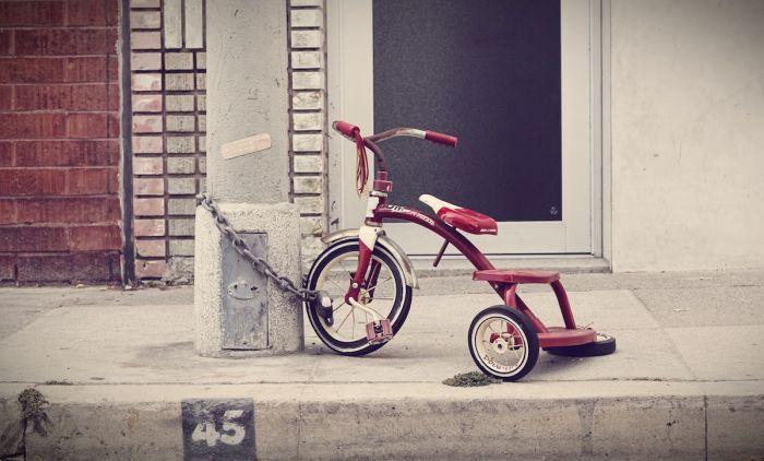 tricycle-triciclo-cadenas-encadenado-viajas