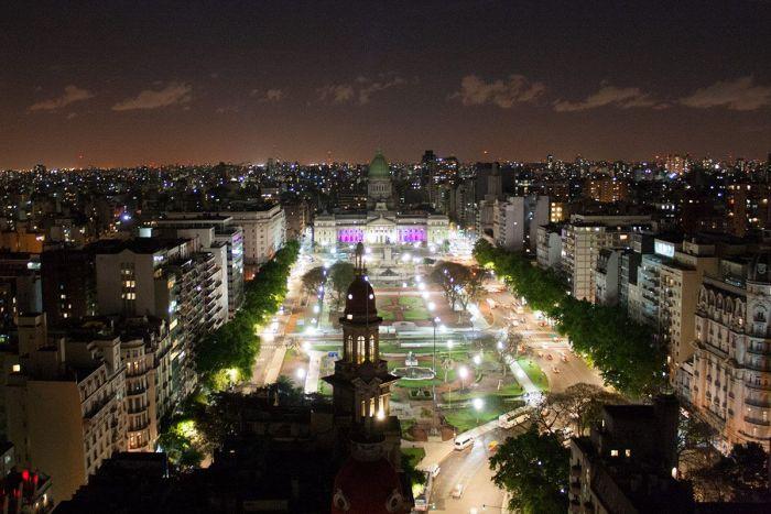 Vista aérea de la Plaza del Congreso en la ciudad de Buenos Aires