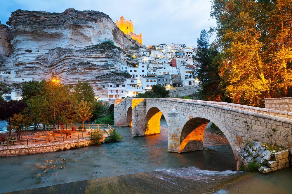 7 destinos en España que no te puedes perder - Alcalá de Júcar