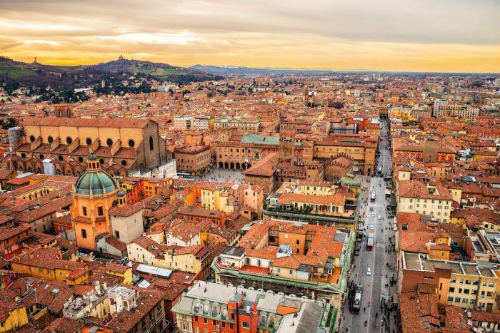 Qué ver y qué hacer en Bolonia Italia