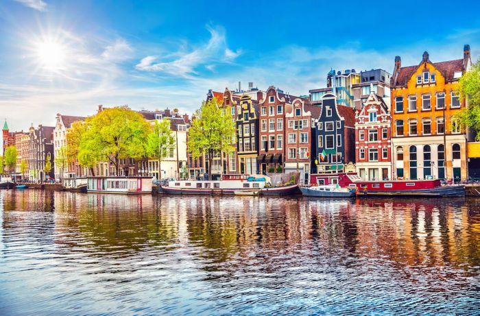 Cómo llegar del aeropuerto de Amsterdam al centro