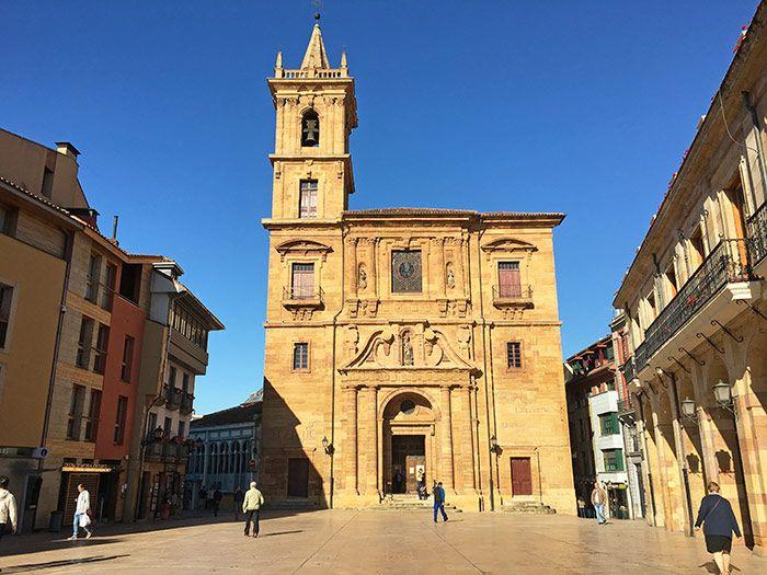 Plaza del Ayuntamiento en Oviedo