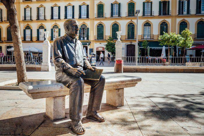 Escultura de Pablo Picasso, Plaza de la Merced, Málaga, Andalucía, España