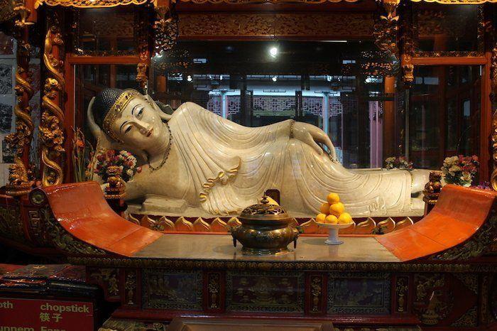 Templo del buda de jade es otro sitio imprescindible que ver en Shanghái China