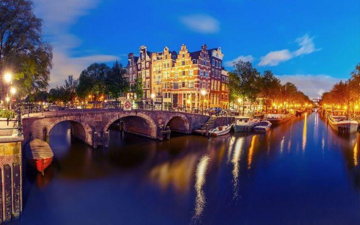 free en amsterdam