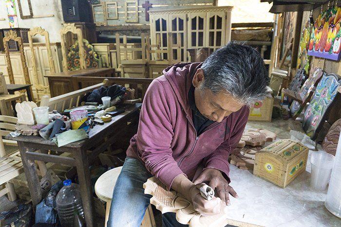 artesano de cuanajo mexico
