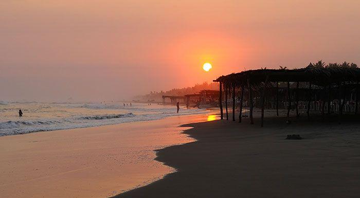 Playa Azul en Michoacán México