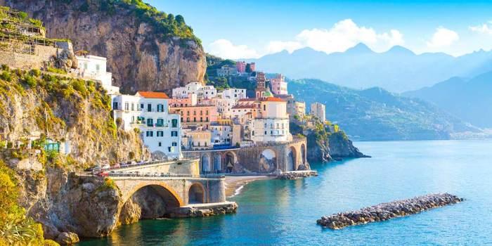 Vistas de Atrani en Italia