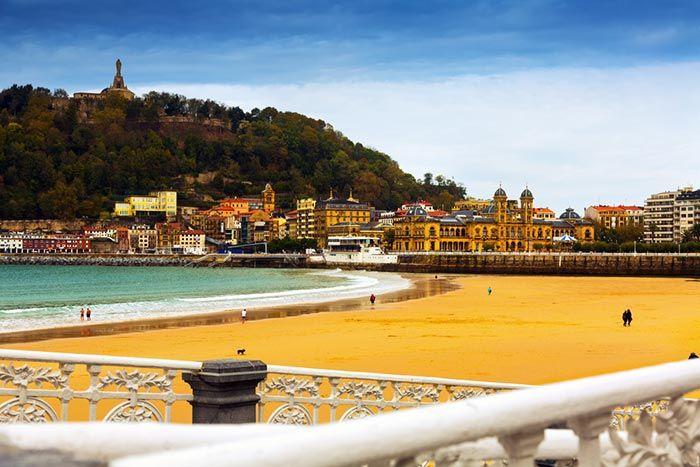 qué ver en San Sebastián - La playa de la concha