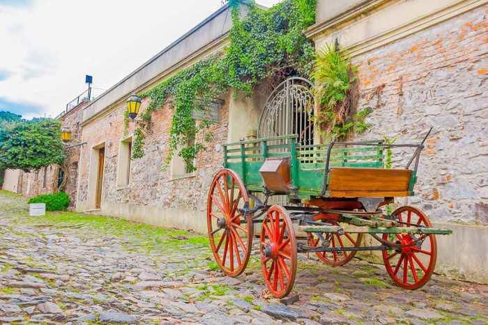 Carro en Colonia, Uruguay