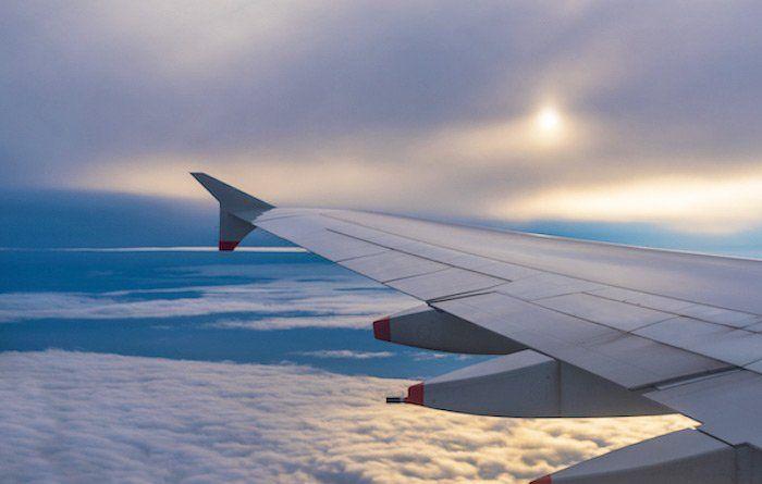 Viajar en avión y conseguir un precio económico