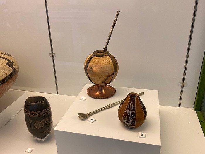 Mates en el Museo de Antropología de Madrid