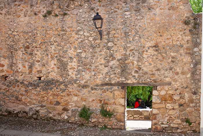 Muralla en Covarrubias, Burgos, Triángulo de Arlanza