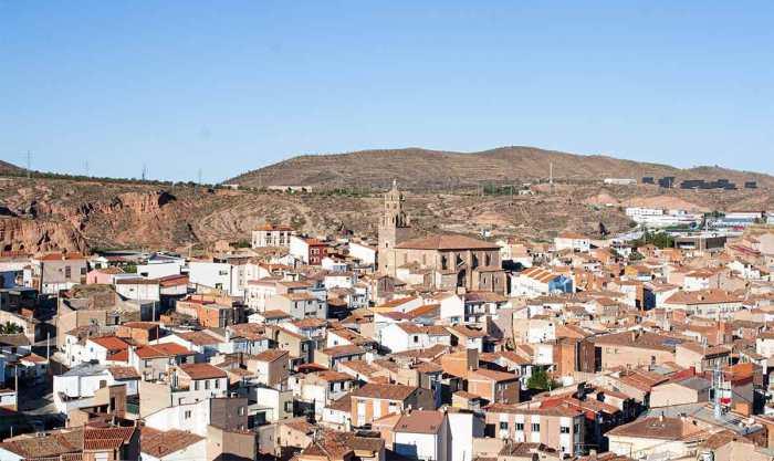 Vistas de Arnedo desde el cerro de la Cueva de los Cien Pilares, La Rioja