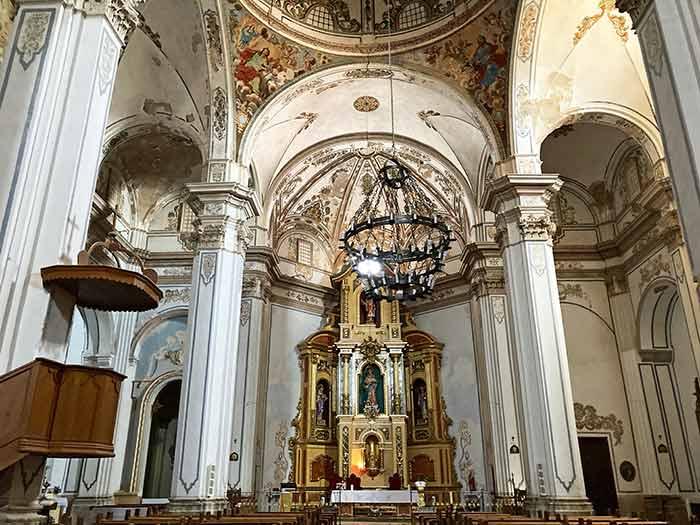 Interior de la Iglesia de la Purificación y San Blas