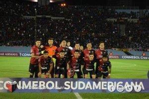 Colón buscará ante River la clasificación en la Copa Sudamericana