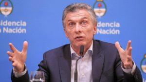 Macri, atento al debut de De Rossi en Boca