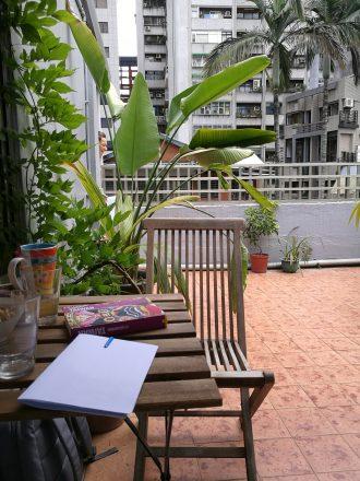 Tropischer Balkon in Taipei