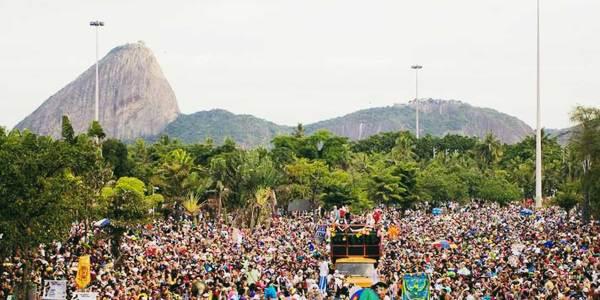Inscrições de blocos carnavalescos do Rio foram realizadas pela Internet.