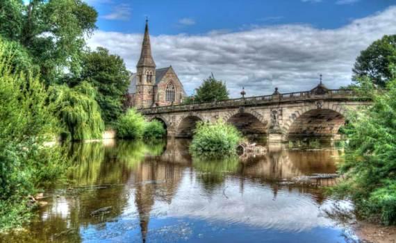 The River Severn lazily flows through Shrewsbury