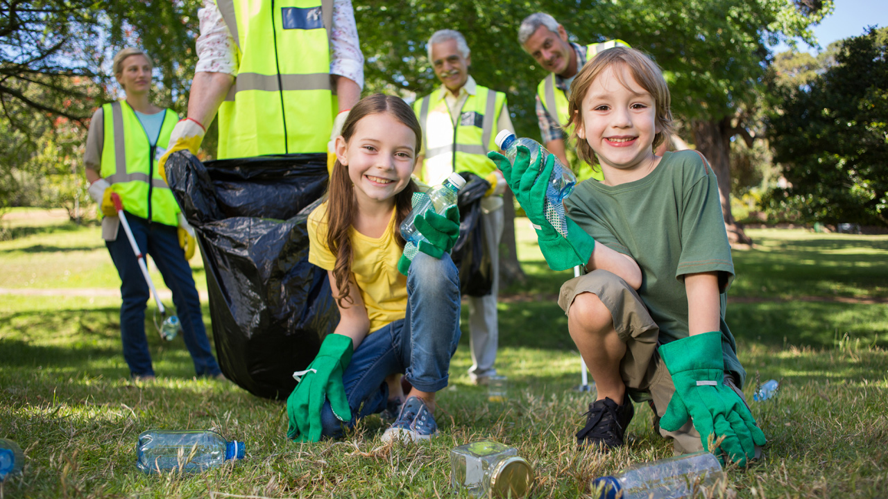 volunteering-family-children-picking-up-garbage-community-service_1514323795563_326906_ver1_20180112050918-159532