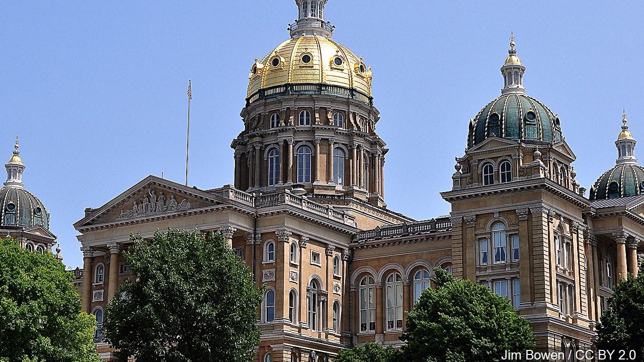 Iowa state capitol 2_1554419397840.jpg.jpg