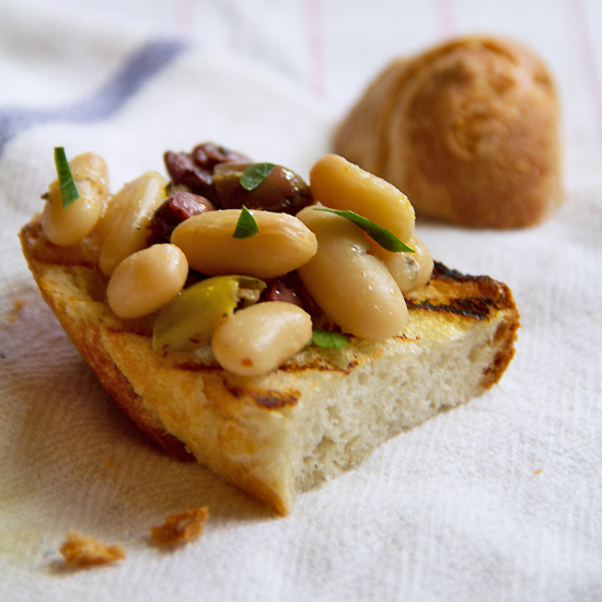 White Bean Crostini with Olives