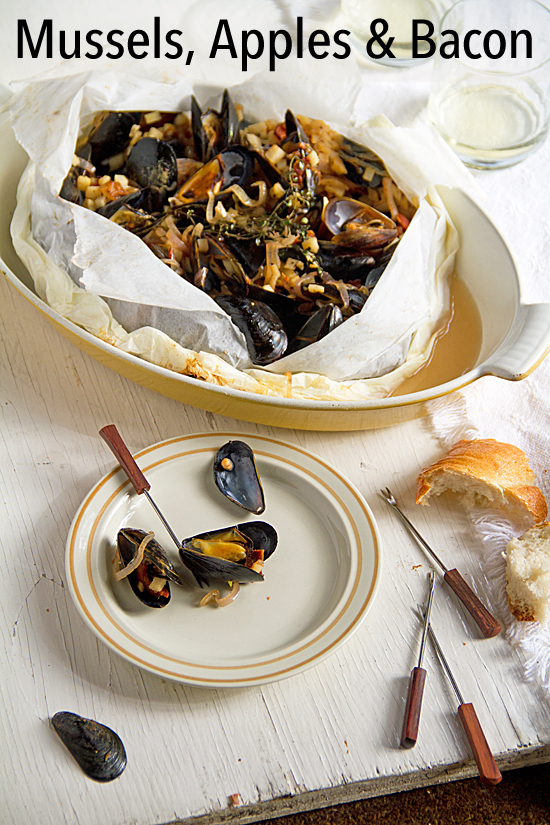 Mussels, Bacon and Apples Baked in Parchment