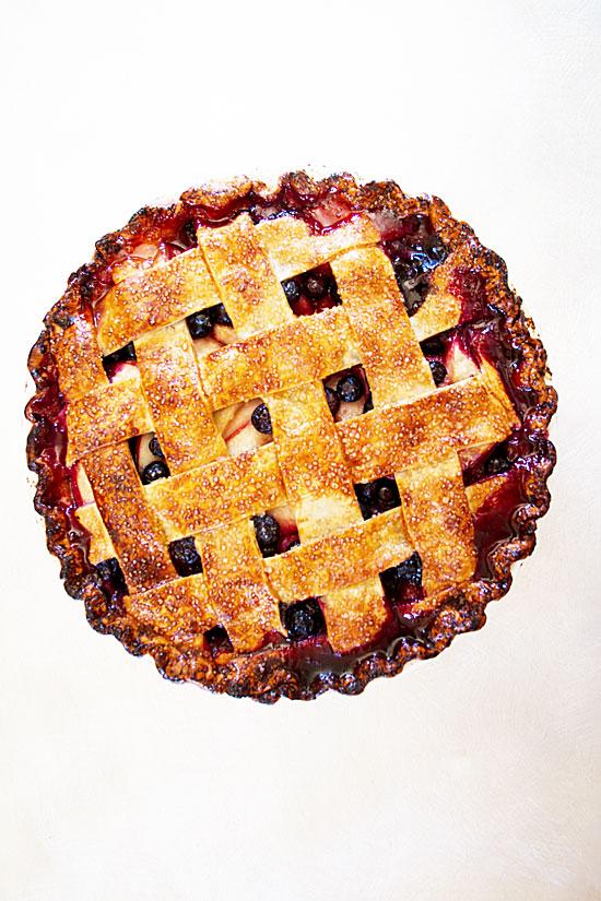 Nectarine-Blueberry Pie