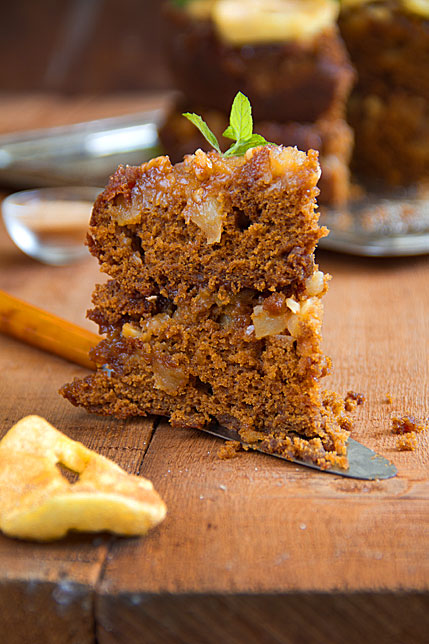 Caramelized Apple-Ginger Cake