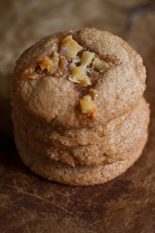 Cinnamon Cookies with Coconut Toffee