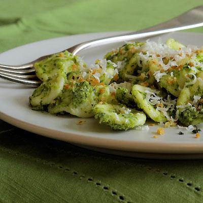 creamy broccoli orecchiette
