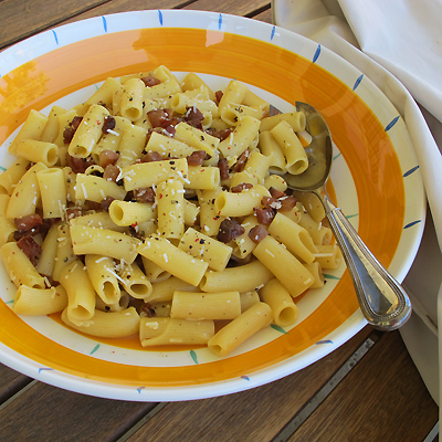 Rigatoni Carbonara with Guanciale