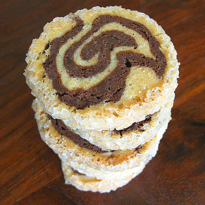 stack of marble cookies