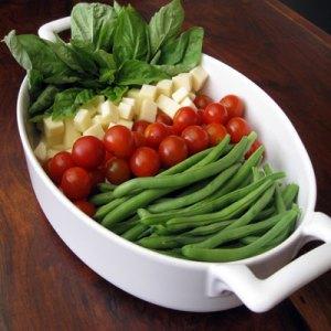 green beans tomato mozzarella