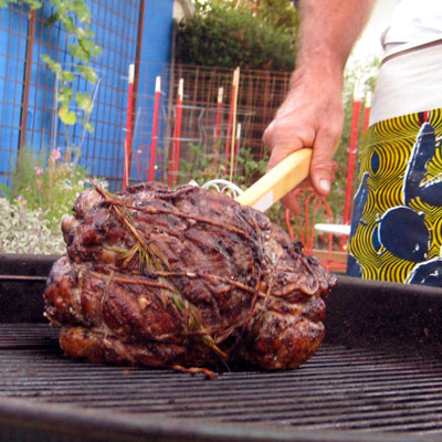 leg of lamb on the grill