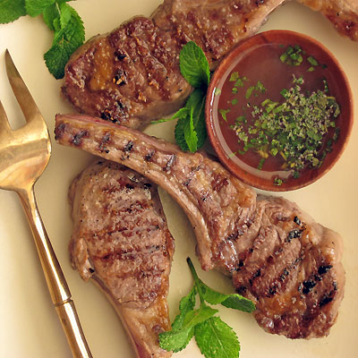 lamb chops and mint dipping sauce