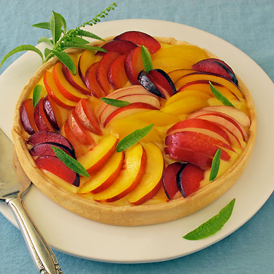stone fruit summer tart