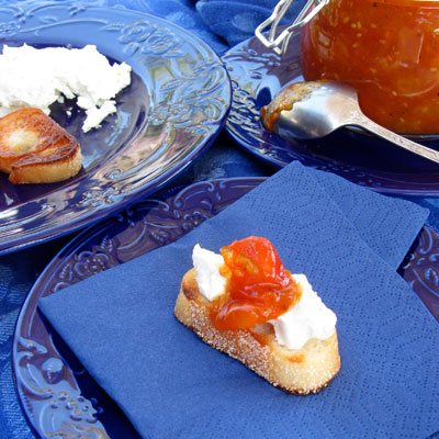 tomato jam with goat cheese