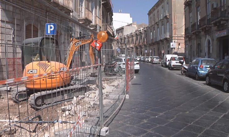 """Siracusa. Via Crispi: cambia la viabilità. Corso Umberto percorribile """"al  contrario"""" – SiracusaOggi.it"""