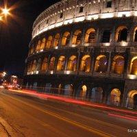 El Coliseo Romano y El Museo del Louvre, una pequeña comparación